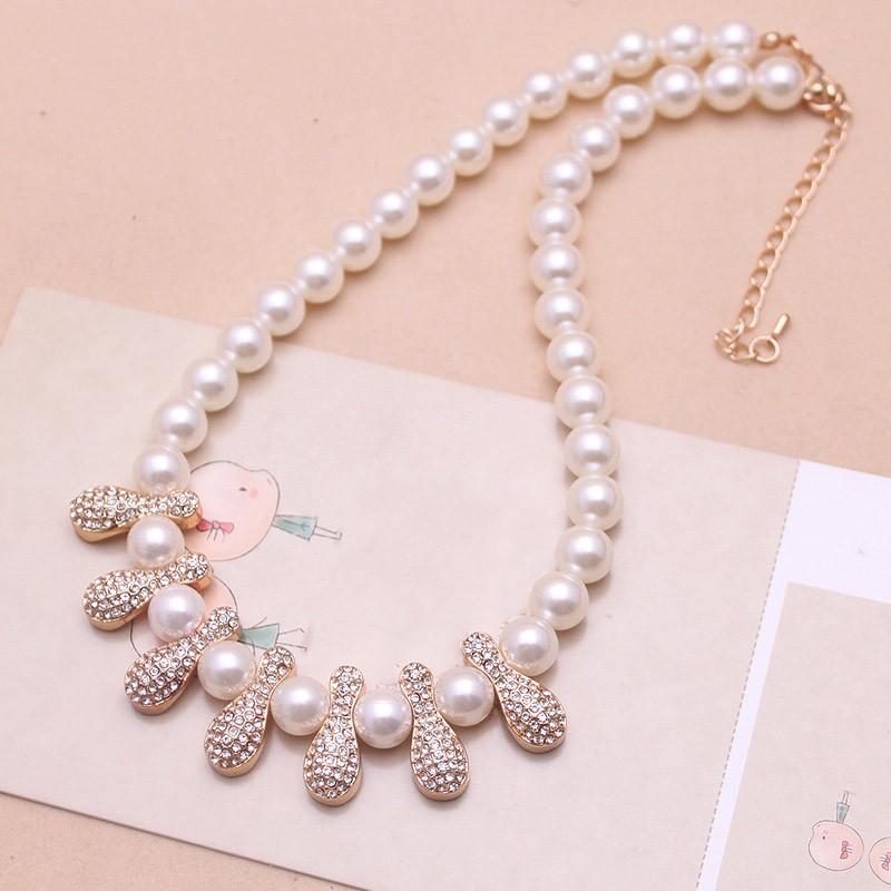 Pure White Pearl Diamond Inlaid Peanut Short Collar Bone ...