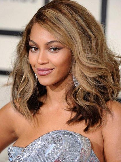 f8ebf2ccae1 Beyonce Knowles Fabulous Hairstyle Wavy Lace Wig